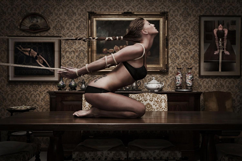 Free Pictures Sensual Bondage Nude Women