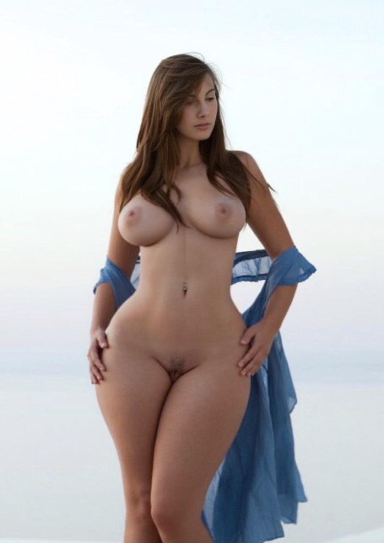 Эротические фото большая грудь и тонкая талия, порно струйного оргазма в контакте