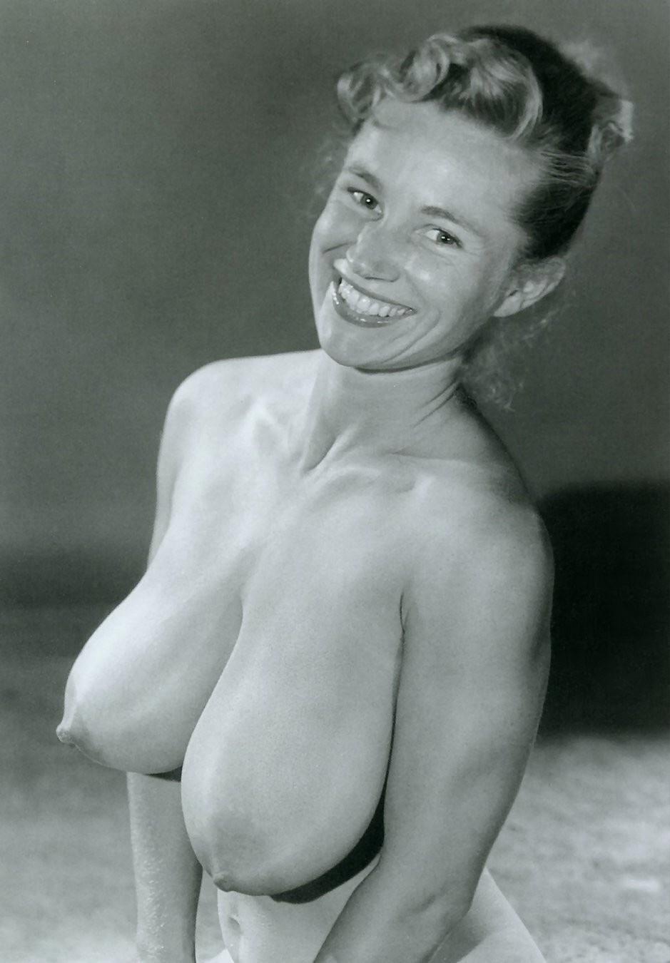 Naked woman virgina, tuba turkish actor nude fake