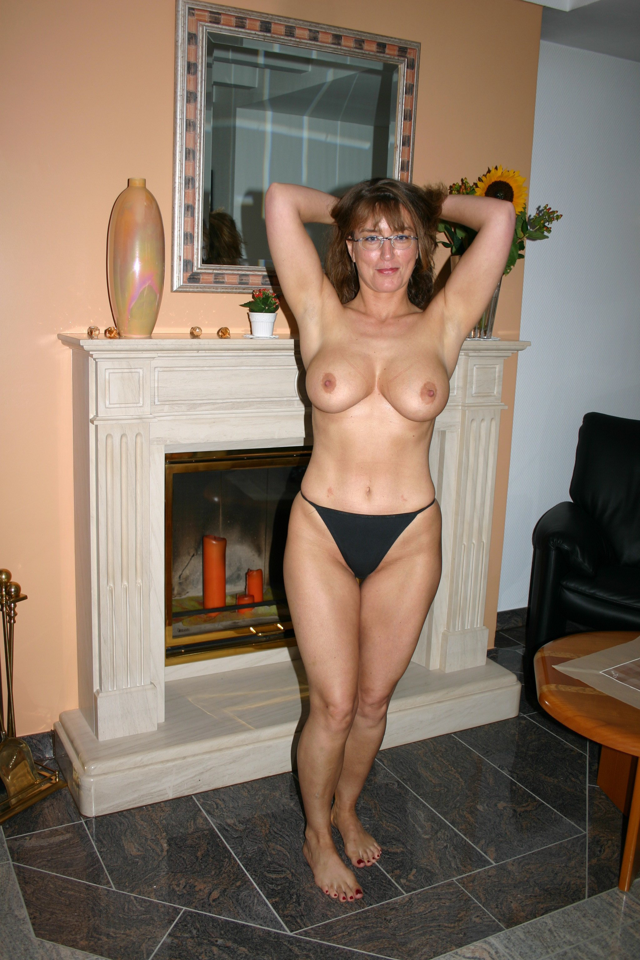 gallery-nude-wife