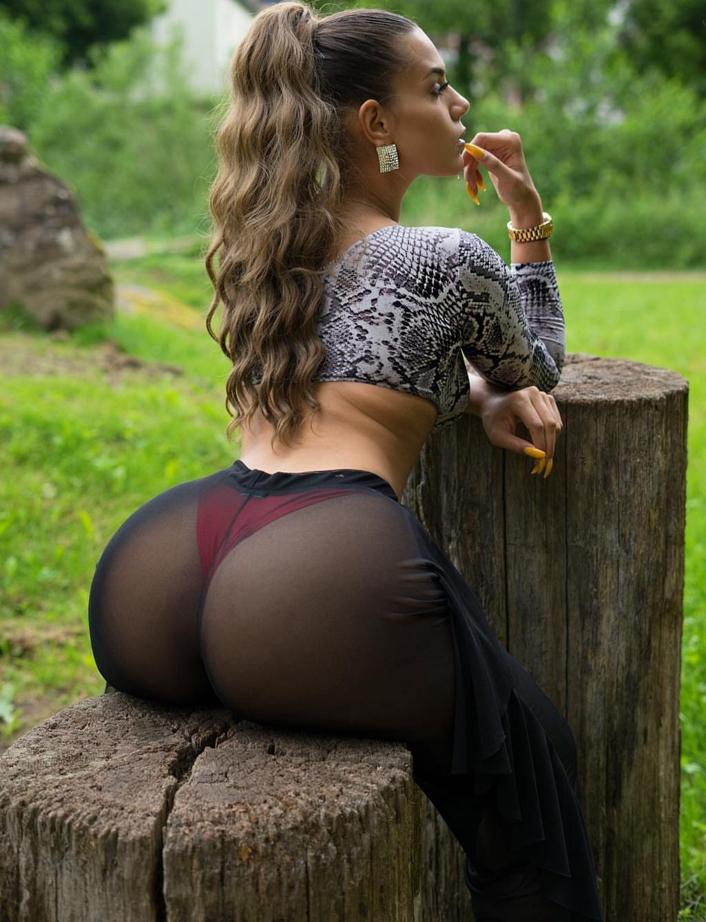 Exercises to get rid of a flat butt