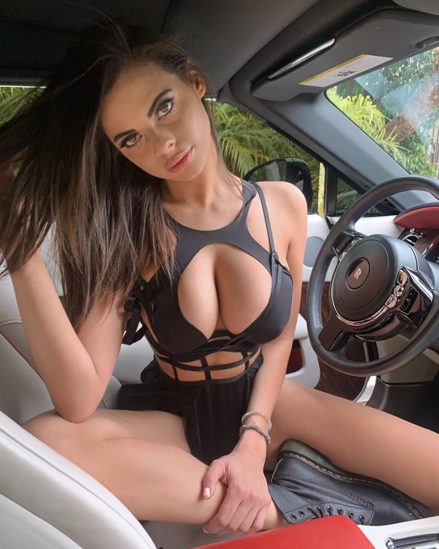 Tits On Wheels