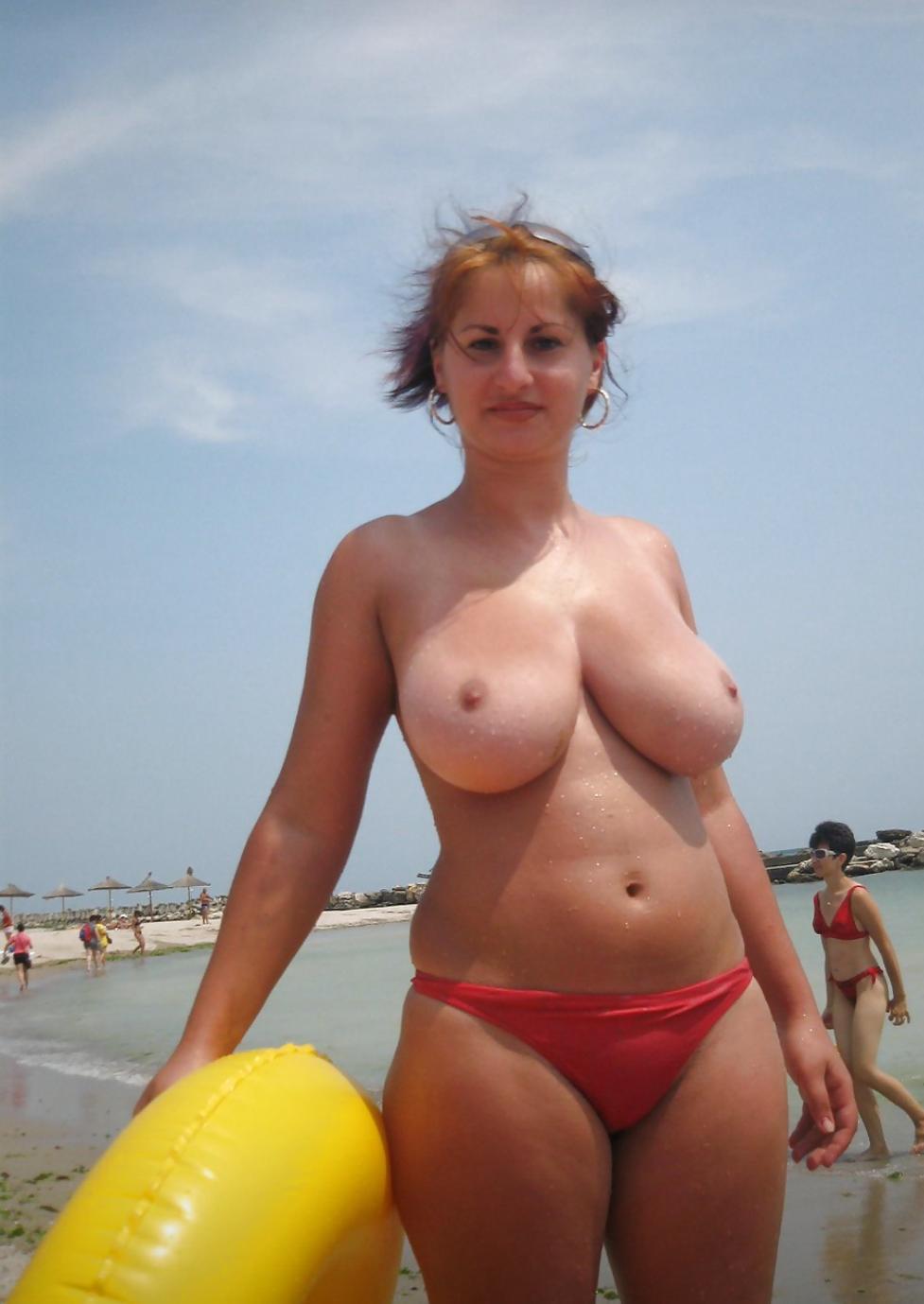 Mature beach boobs