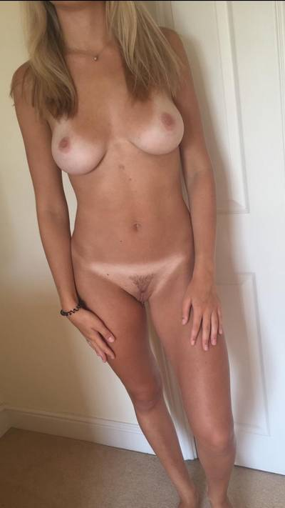 [19f] These tan lines are great at highlighting the important parts