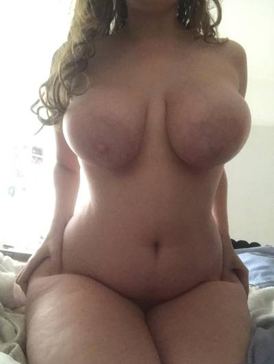 Chubby tits and thighs make a good combo [OC]