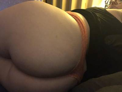 hips & ass. (is cross posting okay? i've been on reddit for a bit over four months, but still not completely familiar w everything)