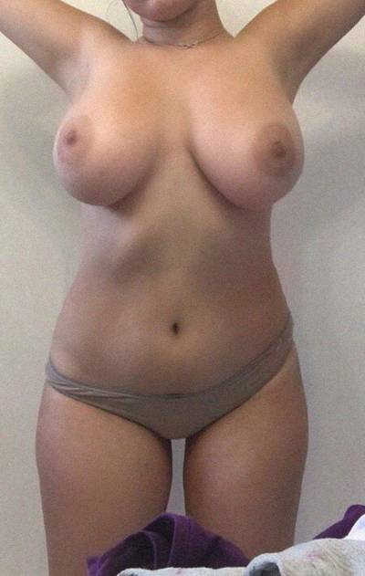 Tits to match the hips😍 Amateur