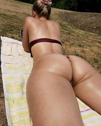 Tanning the booty