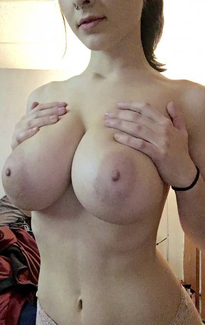Huge tits, small waist