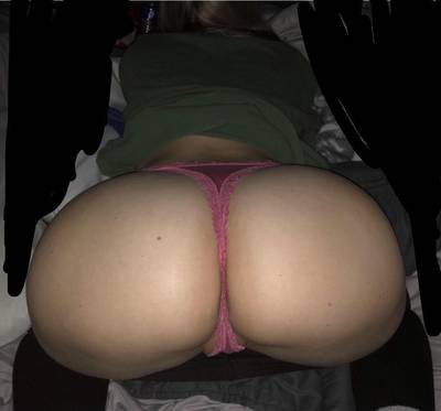 Think you guys could handle this bubble butt pawg??