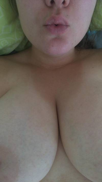 Blowing kisses for my cleavage 😘 (f) (OC)