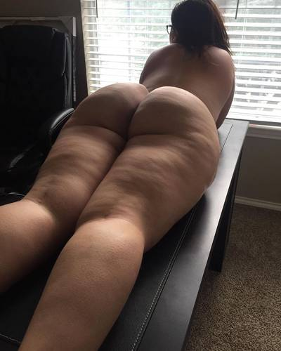 Step mom is ready for her massage