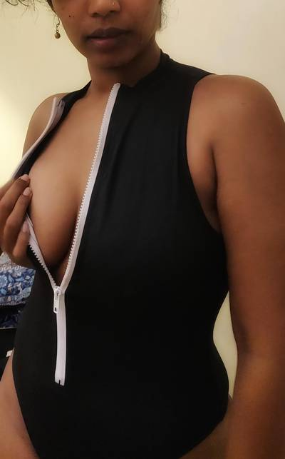 And say hello to my new swimsuit :) I love the fact that it goes all the way up to my neck. I used to love turtle necks earlier, so nostalgia trip it is. [NSFW] [PIC] [F]